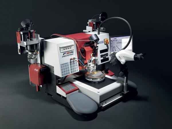 Draht-Bonden und Pull/Shear-Test auf einer Maschine Eine Basis ...