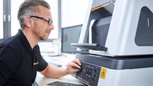 X-Ray von Fischer ermöglicht die zerstörungsfreie Schichtdickenmessung