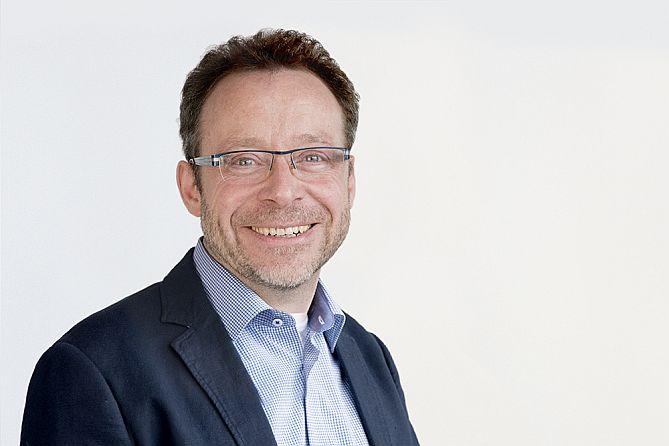 Produktmanager AOI-Systeme,Kokott, Jens