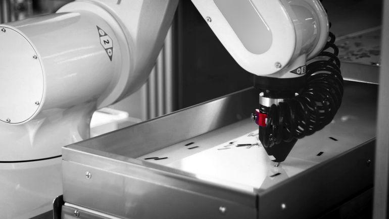 Dienstleister steigt in Roboterprogrammierung ein.