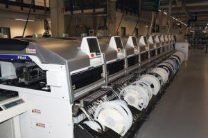 SMD-Bestücker von Fuji im Einsatz beim Embedded-Spezialisten