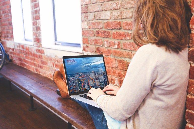 Unternehmenseffizienz mit mobilen Arbeitsplätzen steigern