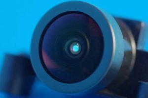 Optisch klarer UV-Klebstoff für die Elektronik.