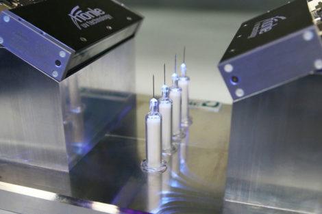 Smarte Systemlösung für Nadelverklebung
