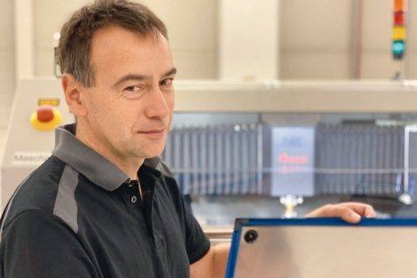 Integrierter RFID-Chip sichert Qualität von SMD-Schablonen