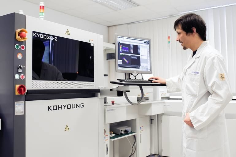 Verbesserte Qualität und Produktionsprozesse bei der automatisierten Verarbeitung von SMD-Komponenten