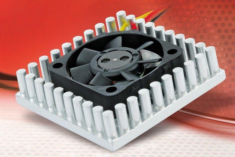 Superflacher Chip Cooler sorgt für optimales Wärmemanagement.